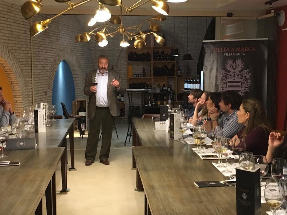 Curso Cata de Vinos Delea en Restaurante Essentia, Aracena, Huelva.